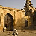 Skn 1330 Street Scene by Sunil Kapadia