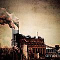 Smelter by Arne Hansen