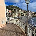 Sori - Sea And Promenade by Antonio Scarpi