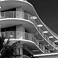 South Beach 4 by Ricardo J Ruiz de Porras