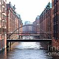 Speicherstadt Hamburg by Jannis Werner