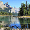 Spirit Island Maligne Lake by Teresa Zieba