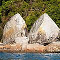 Split Apple Rock Near Abel Tasman Np In New Zealand by Stephan Pietzko