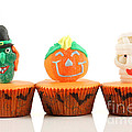 Spooks Cup Cakes On White Background by Simon Bratt Photography LRPS