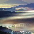 Staining Sea Of Clouds by Hisashi Kitahara