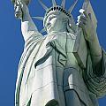 Statue Of Liberty by Susan Leonard