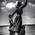Statue St Clair Mi by Ronald Grogan
