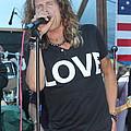 Steven Tyler Sings by Patricia Abbate