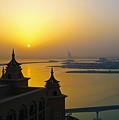Sunrise Dubai by Steve Lipson