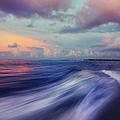 Sunset Wave. Maldives by Jenny Rainbow
