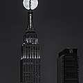 Super Moon In An Empire State Of Mind Bw by Susan Candelario