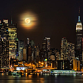 Super Moon Over Nyc by Susan Candelario