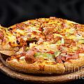 Supreme Hot Pizza  by Anek Suwannaphoom