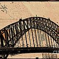 Sydney Harbor Bridge by Ben Yassa