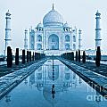 Taj Mahal - Agra - India by Luciano Mortula