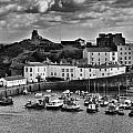 Tenby Panorama 1 Mono by Steve Purnell