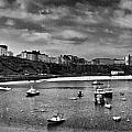 Tenby Panorama Mono 2 by Steve Purnell