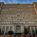Texas And Pacific Lofts Color by Joan Carroll