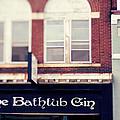 The Bathtub Gin by Kim Fearheiley