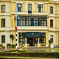 The Esplanade Hotel Auckland by Mark Llewellyn