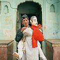 The Jaipur Street Performer  by Shaun Higson