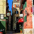 The Narrow Streets Of Rovinj Croatia by Rob Meredith