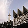 The National Mosque Kuala Lumpur by Shaun Higson