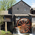 The Old Mill In Pigeon Forge by Roger Potts