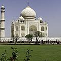 The Taj Mahal In Agra. by Alan Gillam