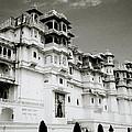 The Udaipur City Palace  by Shaun Higson