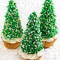 Three Christmastree Cupcakes  by Iris Richardson