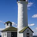 Tibbetts Point Lighthouse by Ben and Raisa Gertsberg