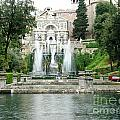 Tivoli Fountains by Ted Pollard
