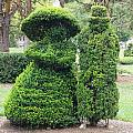 Topiary Couple by Dan Sproul