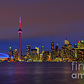 Toronto By Night... by Nina Stavlund
