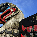 Totem Pole 2 by Bob Christopher