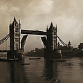 Tower Bridge London 1906 by Bill Cannon