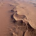 Transverse Sand Dune Namib-naukluft Np by Gerry Ellis