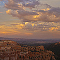 Twilight At Bryce 100 by Tom Kelly