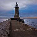 Tynemouth Pier Lighthouse by David Pringle