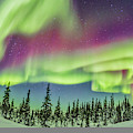 Ultrawide Aurora 4 - Feb 21, 2015 by Alan Dyer