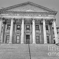 Us Customs House by Dale Powell
