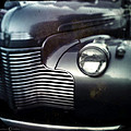 V8 Grill In Gray by Tim Nyberg