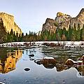 Vally View Panorama - Yosemite Valley. by Jamie Pham