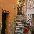 Vicolo Della Valle Riomaggiore Italy Dsc02537  by Greg Kluempers