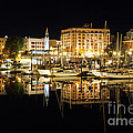 Victoria Inner Harbour At Night by Colin Cuthbert