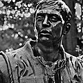 Vietnam Memorial Figures by Gene Norris