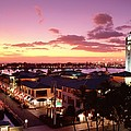 View Of Aloha Tower by Carl Shaneff - Printscapes