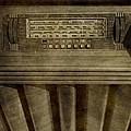 Vintage Radio by Dan Sproul