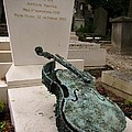 Violen Sculpture In Pere Lachaise Cemetery by John Malone